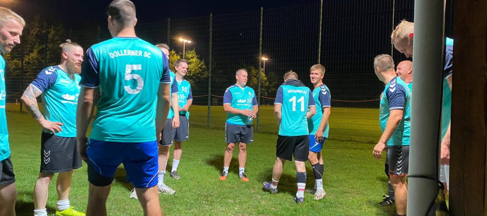 Handball meets Fußball: 1.Herren Teams auf dem Rasen im Vergleich